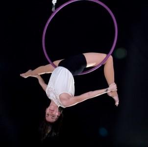 Tori Markwalder - Aerialist / Acrobat