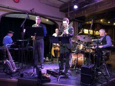 Phoenix Jazz Group - Jazz Band