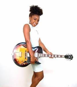 Shan Smile - Guitar Singer