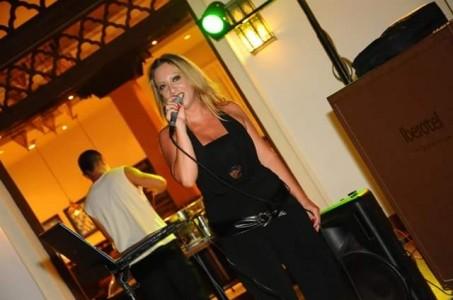 Natalia - Female Singer