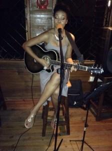 Christel - Guitar Singer