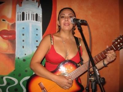 Lilika - Guitar Singer