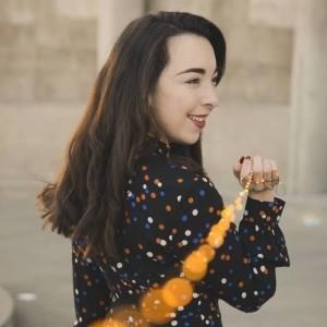 Tiffany Florian - Female Singer