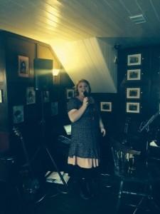 Ginny - Female Singer