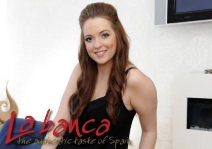 Dionne Hickey - Female Singer