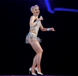 Anna Cabaret - Song & Dance Act