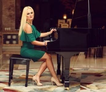 Tetiana Shakhivska  - Pianist / Keyboardist