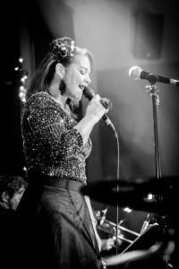 Nicky Prince - Female Singer