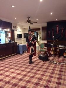 Scottish Highland Bagpiper - Bagpiper