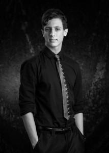 Aaron Simon - Close-up Magician