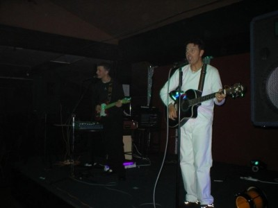 Tony Bolan - Male Singer