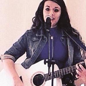 Lucy Blu - Female Singer