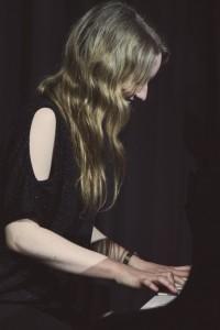 Louise Carter - Pianist / Keyboardist