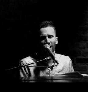Nick Deutsch - Pianist / Singer