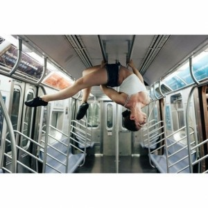 Julie Deziel - Aerialist / Acrobat