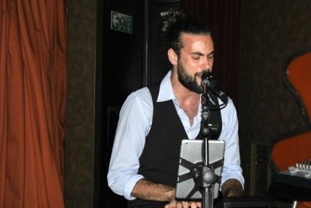 David M - Pianist / Singer