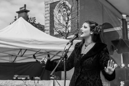 Ellena Mackay - Female Singer