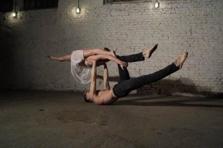 Duo Lua - Acrobalance / Adagio / Hand to Hand Act