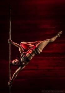 Laura Jaye - Aerialist / Acrobat