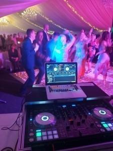 DJ Tony V  - Party DJ