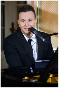 Cezar - Pianist / Singer