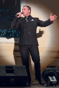 Murray Johnston - Male Singer