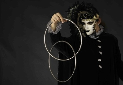 Roman & Viki Faifura - Other Magic & Illusion Act