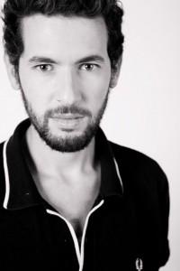 Toni Vallés - Male Singer