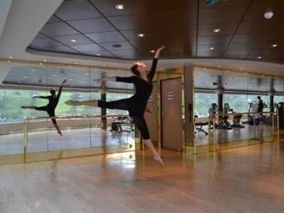 Marina Kuzmenko    Dmitry Gurov - Female Dancer