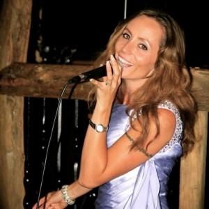 Stacey Mogg - Female Singer
