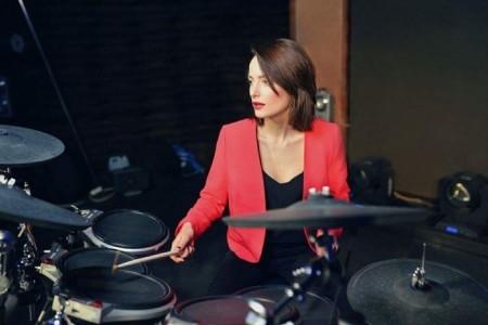 Olena Kovalchuk - Drummer