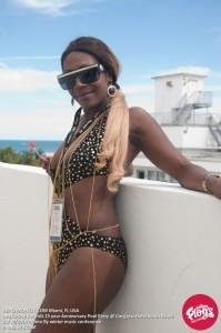 DJ Diva Dee - Nightclub DJ