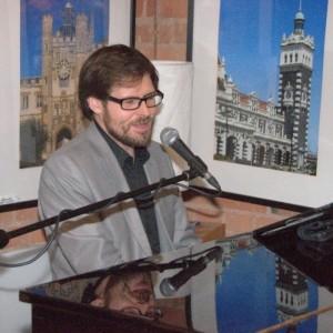 Scott Bramley - Pianist / Singer