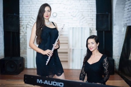 Duo Black and white - Pianist / Keyboardist