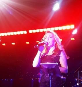 Carla Ribeiro - Female Singer