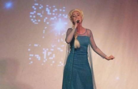 Allie Meek - Female Singer
