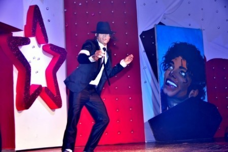 Jackie flow - Michael Jackson Tribute Act