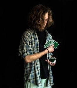 Albert Em - Close-up Magician
