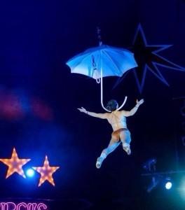 Stefanie Usher - Aerialist / Acrobat