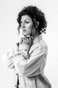 Miranda Myles  - Female Singer