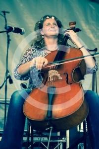 TORI RUSHTON - Cellist