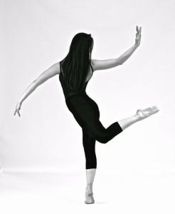 Olivia Lindley - Female Dancer