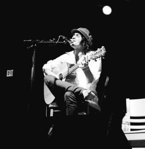 Jordan Carroll - Acoustic Guitarist / Vocalist