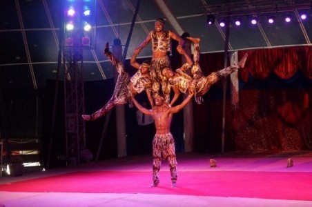 TRIO AFRIKAN BROTHERS ACROBATIK GROUP  - Aerialist / Acrobat