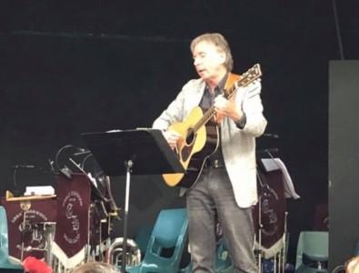 James McCafferty - Acoustic Guitarist / Vocalist