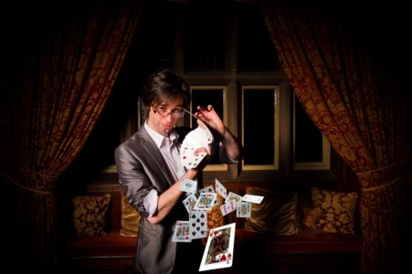Benoit Pierre BenZ - Close-up Magician
