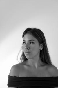 Shamira van Ilha - Female Singer