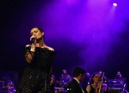 Loukiani - Female Singer