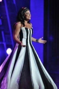 Angela Calo - Female Singer