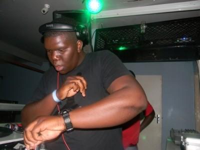 Dj Yugoe - Nightclub DJ